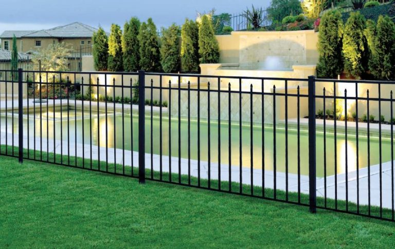colonial aluminum fence